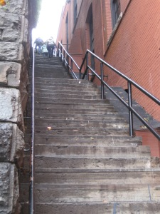Ooo! The exorcist stairs are not so scary in the day without the Hollywood staging.
